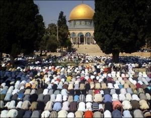 Muslims-friday-prayer